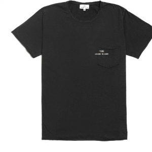 T-shirt manga corta negra con bolsa y logo impreso en la bolsa