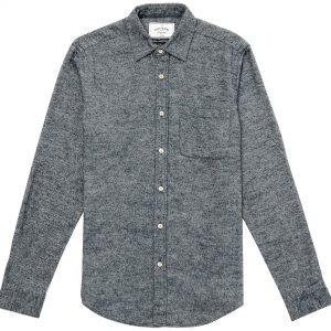Camisa azul grisáceo